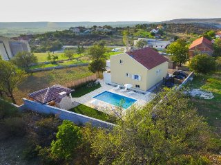 3 bedroom Villa in Benkovac, Zadarska Zupanija, Croatia : ref 5479428