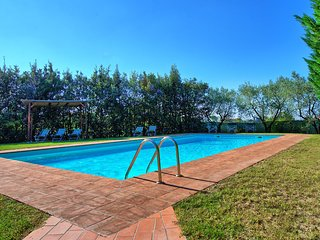 Aia Murata Villa Sleeps 8 with Pool and WiFi - 5479399