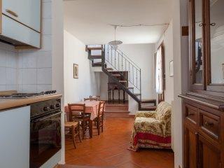 2 bedroom Villa in Villa A Sesta, Tuscany, Italy : ref 5479041