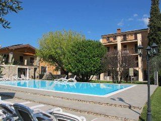 2 bedroom Apartment in Peschiera del Garda, Veneto, Italy : ref 5438612