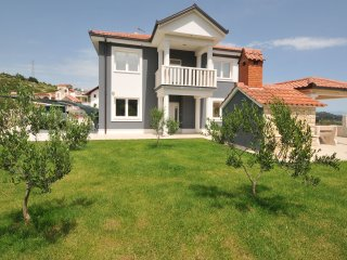 Luxurious seaview Villa Divina with pool and garden EOS CROATIA