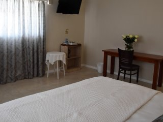 Deluxe Double or Twin with TV,Study Desk,Tea and coffee facilities