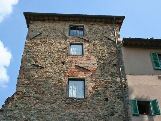 2 bedroom Apartment in Figline Valdarno, Tuscany, Italy : ref 5477165