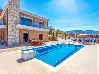 4 bedroom Villa in Ammoudi, Crete, Greece : ref 5476618