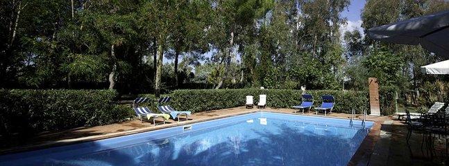 2 bedroom Villa in Tenuta Sella e Mosca, Sardinia, Italy : ref 5476443