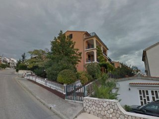 Four bedroom apartment Crikvenica (A-14139-a)
