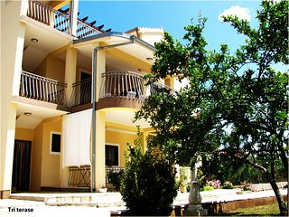 Three bedroom apartment Tribunj (Vodice) (A-12529-a)