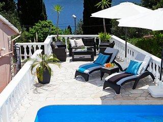 Vela Luka Holiday Home Sleeps 8 with Pool Air Con and WiFi - 5471153