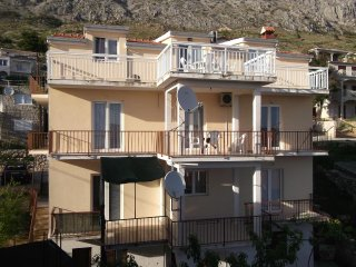 Two bedroom apartment Stanići (Omiš) (A-12158-b)