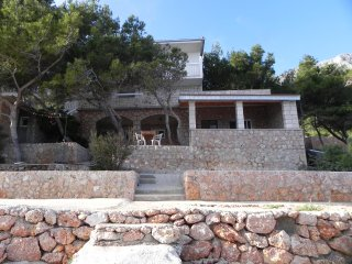 Two bedroom apartment Sveta Nedilja (Hvar) (A-11433-b)