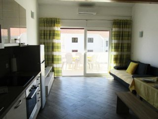 Two bedroom apartment Banjol, Rab (A-11082-b)