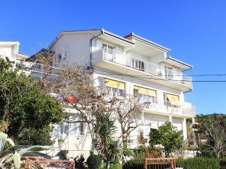 Four bedroom apartment Sumpetar, Omis (A-9436-a)
