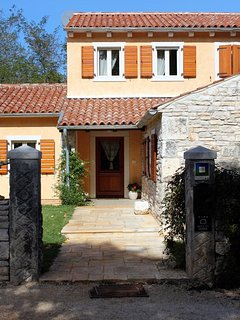Four bedroom house Prodol, Marcana (K-7359)