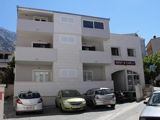 Three bedroom apartment Baška Voda (Makarska) (A-6848-a)