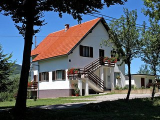 Two bedroom apartment Smoljanac, Plitvice (A-5194-a)