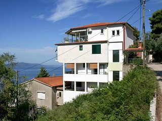 Three bedroom apartment Zivogosce - Porat (Makarska) (A-4878-a)