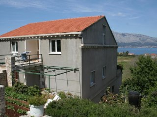Three bedroom apartment Lumbarda (Korcula) (A-4447-a)