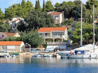 Three bedroom apartment Lumbarda (Korcula) (A-4442-a)
