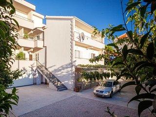 3 bedroom Apartment in Tučepi, Splitsko-Dalmatinska Županija, Croatia : ref