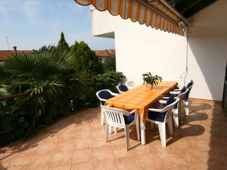 Rovinj Apartment Sleeps 7 with Air Con - 5460510