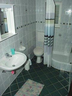Bathroom 3, Surface: 5 m²