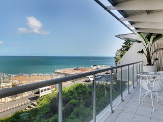 2 bedroom Apartment in Clifton, Province of the Western Cape, South Africa