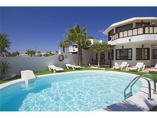 3 bedroom Apartment in Puerto del Carmen, Canary Islands, Spain : ref 5455653