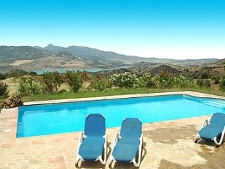 El Gastor Villa Sleeps 6 with Pool - 5080244