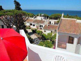 3 bedroom Villa in Vale do Lobo, Faro, Portugal : ref 5454993