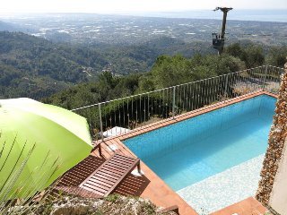 3 bedroom Villa in Valdicastello, Tuscany, Italy : ref 5447758