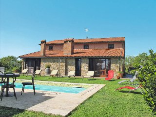 4 bedroom Villa in Colle di Val d'Elsa, Tuscany, Italy : ref 5447399
