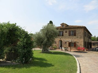 2 bedroom Apartment in Fabbrica, Tuscany, Italy : ref 5447341