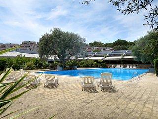 2 bedroom Apartment in Castiglione della Pescaia, Tuscany, Italy : ref 5446958