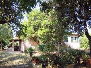 3 bedroom Villa in Castiglione della Pescaia, Tuscany, Italy : ref 5446944