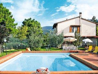 5 bedroom Villa in Castelfranco di Sopra, Tuscany, Italy : ref 5446657