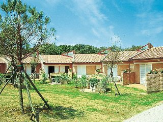 2 bedroom Villa in San Vincenzo, Tuscany, Italy : ref 5446564
