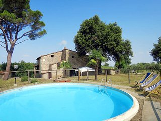 5 bedroom Villa in Pomarance, Tuscany, Italy : ref 5446489