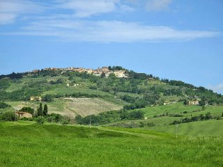 3 bedroom Villa in Guardistallo, Tuscany, Italy : ref 5446432