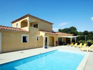 3 bedroom Villa in Arpaillargues-et-Aureillac, Occitania, France : ref 5443519