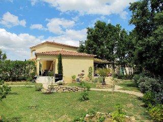 3 bedroom Villa in Arpaillargues-et-Aureillac, Occitania, France : ref 5443519
