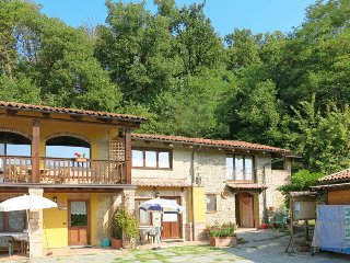 2 bedroom Apartment in Serravalle Langhe, Piedmont, Italy : ref 5443275