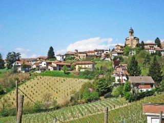 4 bedroom Villa in Castelnuovo Calcea, Piedmont, Italy : ref 5443136