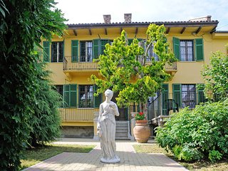 6 bedroom Villa in Asti, Piedmont, Italy : ref 5443101