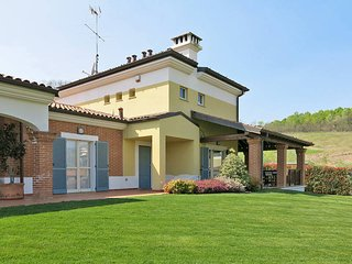 3 bedroom Villa in Asti, Piedmont, Italy : ref 5443100