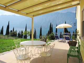 3 bedroom Villa in Malcesine, Veneto, Italy : ref 5438745