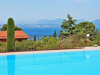 3 bedroom Villa in Lazise, Veneto, Italy : ref 5438694