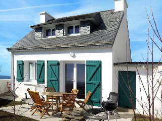 3 bedroom Villa in Clohars-Carnoet, Brittany, France : ref 5438215