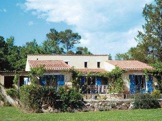 4 bedroom Villa in Saint-Paul-en-Forêt, Provence-Alpes-Côte d'Azur, France : ref