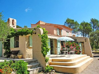4 bedroom Villa in Forcalqueiret, Provence-Alpes-Cote d'Azur, France : ref 54370