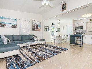 Newly Renovated 3BR w/ Spacious Patio & Chic Furnishings - Minutes to Beach